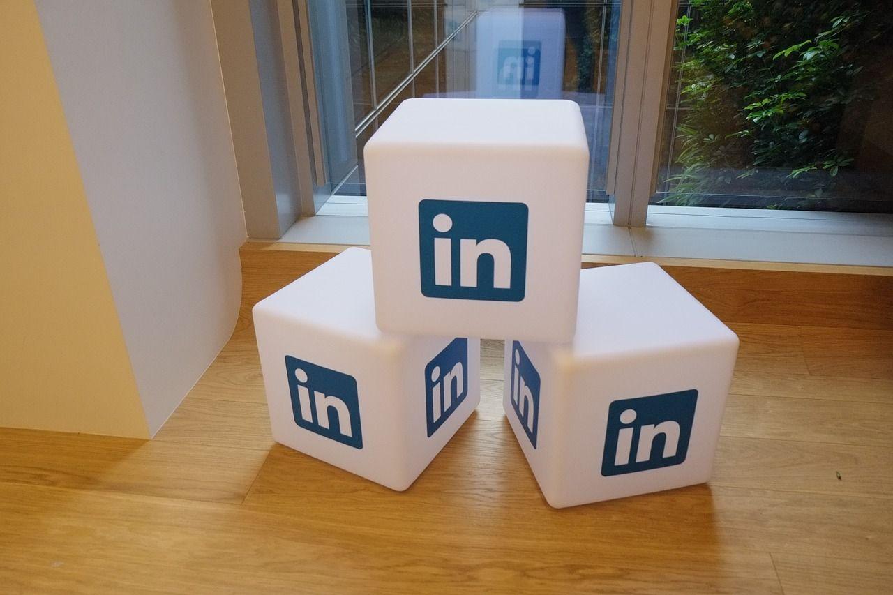 publicar en LinkedIn como empresa