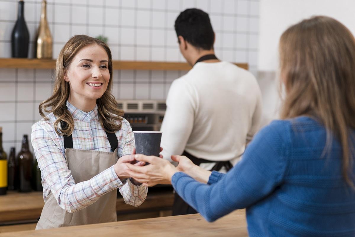 Tratar bien a los clientes es el primer paso