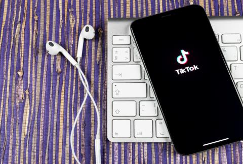 ¿Querés saber qué es TikTok for Business y cómo usarlo para vender más? Seguí leyendo y te contamos cómo integrarlo a tu estrategia de marketing digital.