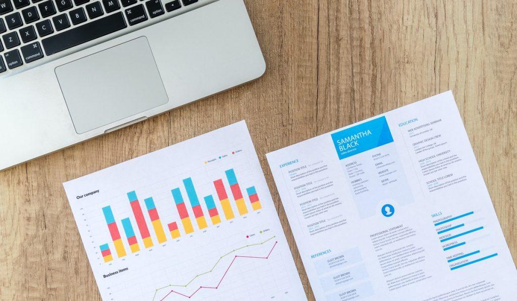 ¿Querés saber cómo hacer un benchmarking que sea importante para tu empresa? Te escribimos esta guía para que te ayude en el camino al éxito. ¡Seguinos!