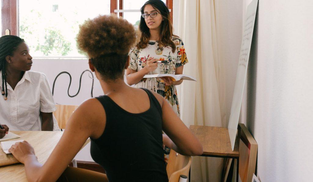 ¿Qué es el público objetivo y cómo funciona? ¿Cómo me puede ayudar a hacer una campaña exitosa? Te contamos todo eso y mucho más.